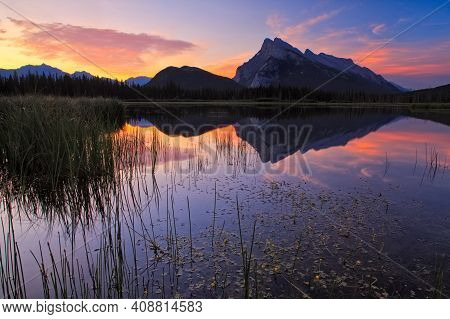Evening Light At Vermillion Lakes And Mount Rundle In Banff National Park, Canada