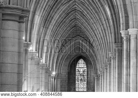Truro.cornwall.united Kingdom.february 20th 2020.view Of A Corridor Inside Truro Cathedral In Cornwa