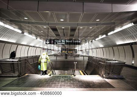 New York - February 18 2021: Nyc Subway Tunnel In Hudson Yards, Manhattan. Modern Subway Station