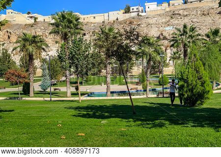 Sanliurfa, Turkey - October 7, 2020: The White House Park Is A Green Area Near The Old Historical Ce