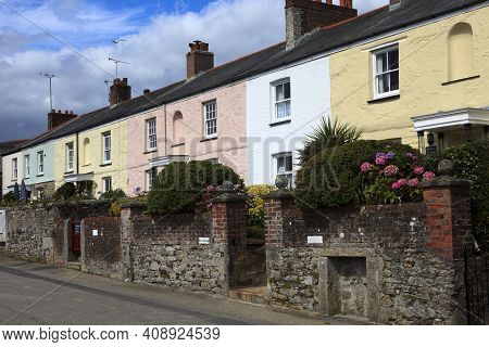 Charleston Town (england), Uk - August 16, 2015: Houses In The Historic 18th.century Charleston Town