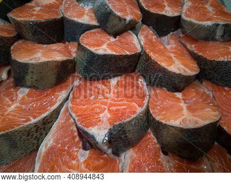 Red Fish Salmon Kumi Cut Close-up Fish Background