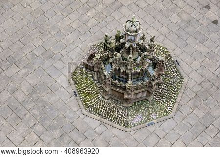 Top View Of Kings Fountain In The Counrtyard In Linlithgow Palace, Scotland, Uk