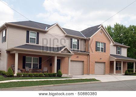 Off-campus College Apartments, University of Dayton, Dayton, Ohio