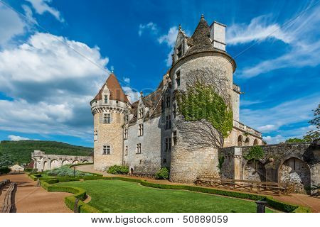 CASTELNAUD-LA CHAPELLE, FRANCE - JUNE 22: exterior of Chateau des Milandes on june 22, 2012 at Dordogne Perigord France. The Chateau which belongs to Josephine Baker since 1947 was built in 1489.