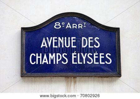 Avenue Des Champs-elysees In Paris