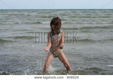 girl water jump 2