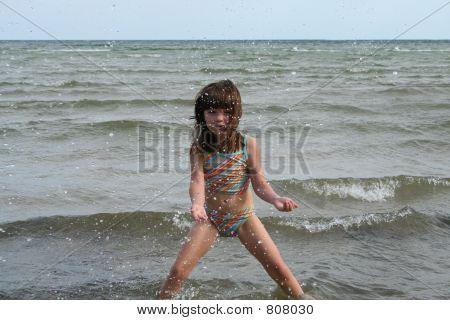 girl water jump 3