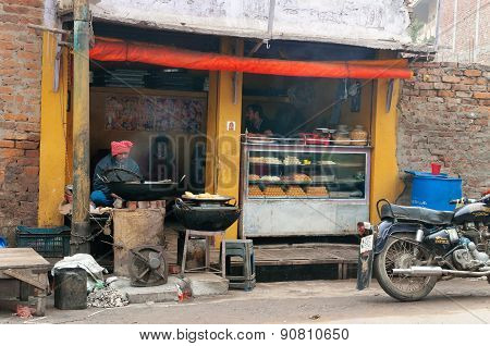 Local Sweet And Snack Shop In Varanasi