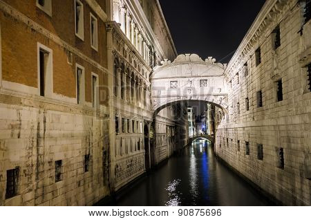 The Bridge Of Sighs, landmark of Venice