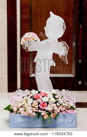 Ice Sculpture and flower at Wedding party