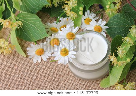 Lime blossom and chamomile skin cream