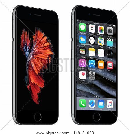 Space Gray Apple Iphone 6S Slightly Rotated Front View With Ios 9 And Dynamic Wallpaper On The Scree