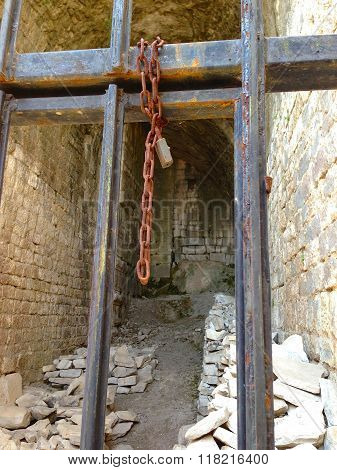 Pergamon Acropolis Prison