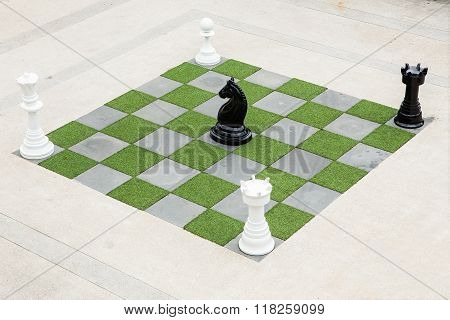 Big Chessboard - Big Horse Chess game