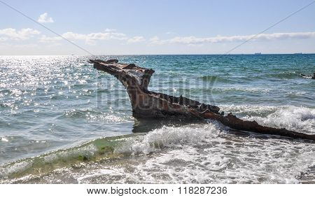 Shipwreck in Indian Ocean Seascape