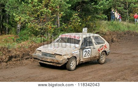 ZLATOUST, RUSSIA - SEPTEMBER 26: Buggy (No. 28) of team SVX Racing during annual auto cross racing Championship of Chelyabinsk region on September 26, 2009 in Zlatoust, Chelyabinsk region, Russia.