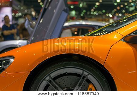 Zoom Sports Car Wheel And Fender In Car Show Event