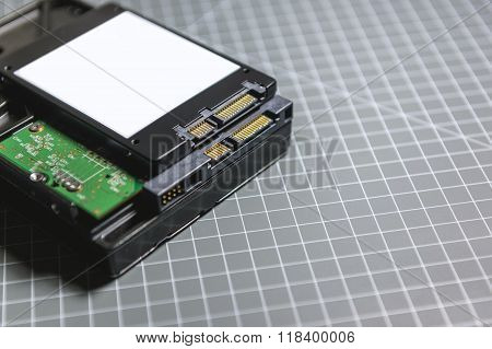 Ssd Disk (solid State Drive) Above The Hdd (