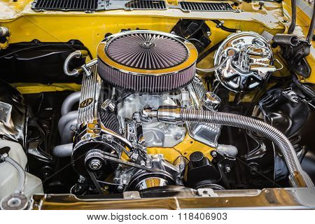 Gorgeous beautiful view of vintage classic retro car detailed engine and  parts