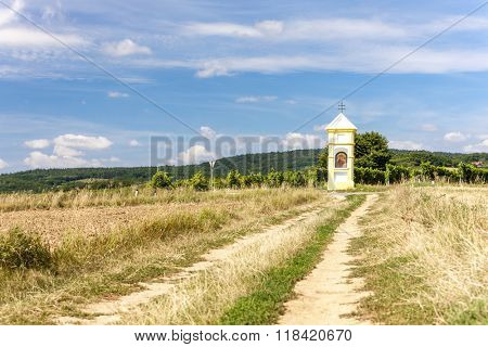 wayside with vineyard near Retz, Lower Austria, Austria