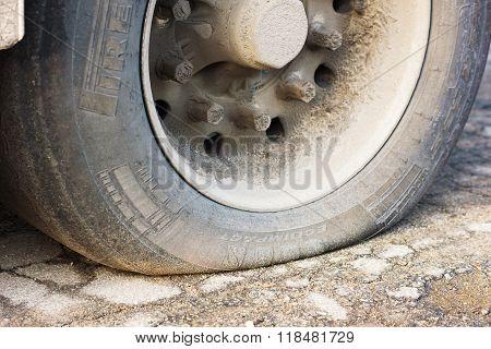 Flat Truck Tire