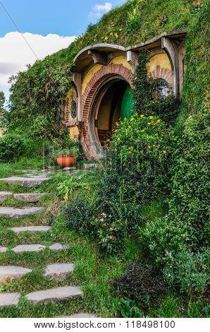 Bilbo Baggins House In Hobbiton, Matamata, New Zealand