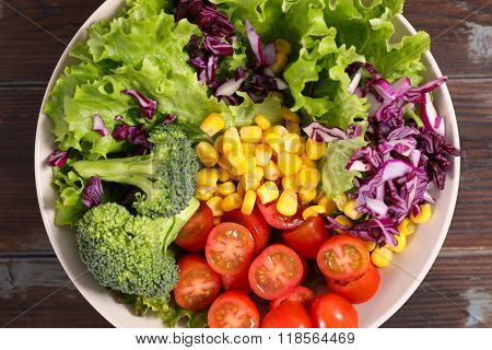 rainbowl salad , veggie bowl