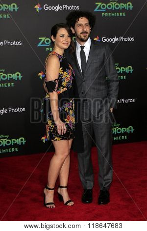 LOS ANGELES - FEB 17:  Katie Lowes, Adam Shapiro at the Zootopia Premiere at the El Capitan Theater on February 17, 2016 in Los Angeles, CA