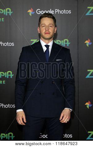 LOS ANGELES - FEB 17:  Josh Dallas at the Zootopia Premiere at the El Capitan Theater on February 17, 2016 in Los Angeles, CA