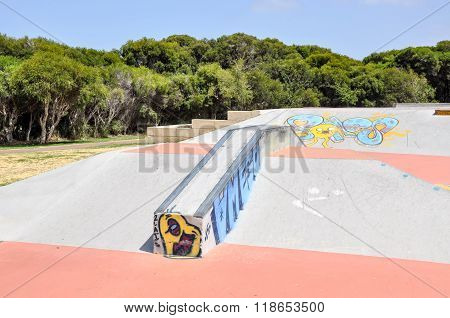 Spearwood Skate Park: Rails and Ramps
