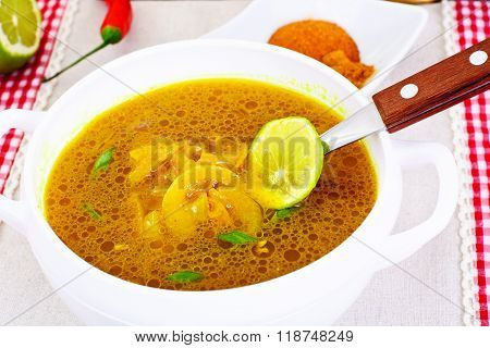 Indian Onion Soup, Curry, Shili