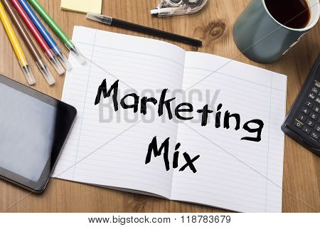Marketing Mix - Note Pad With Text