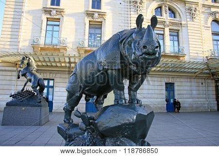 Paris, France -18 December 2011: Rhinoceros Statue In Front Of Museum D'orsay In Paris