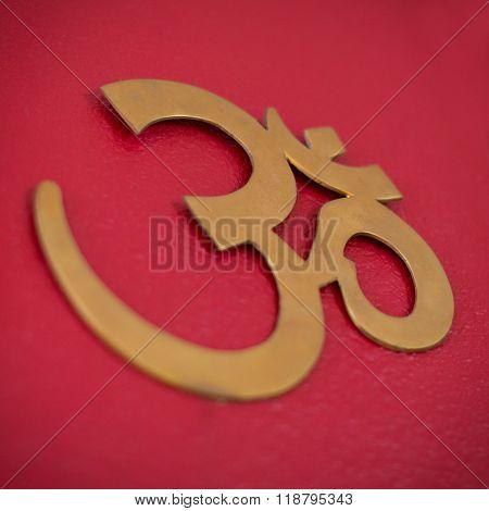 Om Or Aum Symbold