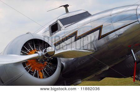 vintage propeller airplane