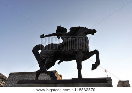 The Spearman Statue in backlight, Chicago