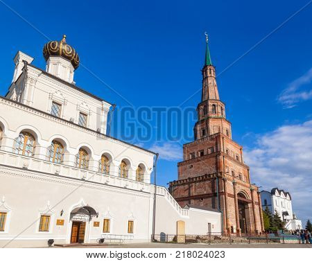 Kazan Kreml House church and leaning Soyembika Tower (Khan's Mosque). Soyembika Tower is the most familiar landmark and architectural symbol of Kazan city