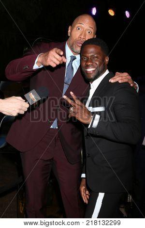 LOS ANGELES - DEC 11:  Dwayne Johnson, Kevin Hart at the