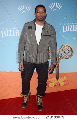 LOS ANGELES - DEC 12:  Laz Alonso at the Cirque du Soleil Presents LA Premiere Event Of