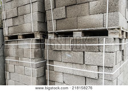 Building materials. Blocks for building strong and durable buildings.