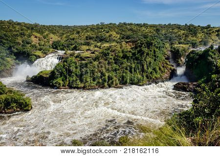 Showing both waterfalls of the Murchison Falls, also known as Kabalega Falls, is a waterfall between Lake Kyoga and Lake Albert on the White Nile River in Uganda.