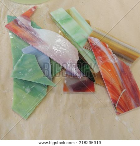 Glass pieces for making stained glass artwork