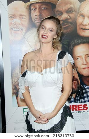 LOS ANGELES - DEC 13:  Kelli Garner at the