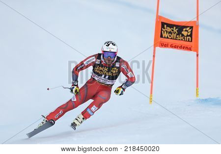 VAL GARDENA, ITALY - DECEMBER 14: Kjetil Jansrud of Norway races down the Saslong course during the Audi FIS Alpine Ski World Cup Men's Downhill training on December 14 2017