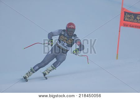 VAL GARDENA, ITALY - DECEMBER 14: Guillermo Fayed of France races down the Saslong course during the Audi FIS Alpine Ski World Cup Men's Downhill training on December 14 2017