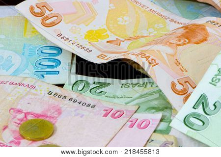 different values of the paper bills and coin of turkish liras