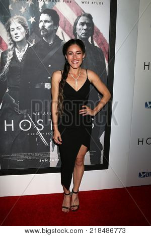 LOS ANGELES - DEC 14:  Q'orianka Kilcher at the