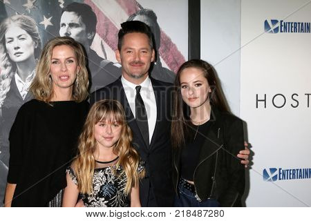 LOS ANGELES - DEC 14:  Jocelyne Cooper, Stella Cooper, Scott Cooper, Ava Cooper at the