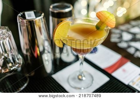 Fresh Cocktail With Orange And Ice. Alcoholic, Non-alcoholic Drink-beverage At The Bar Counter In Th